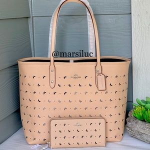 🌺NEW COACH CITY TOTE and Wallet